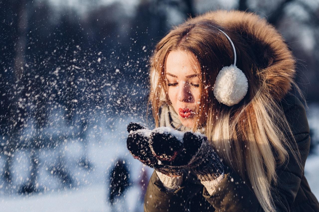 <p>Comment prendre soin de sa peau quand il fait froid?</p>
